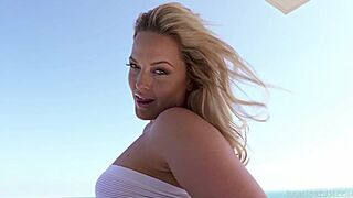 I wish we have new scenes of from Alexis Texas this year
