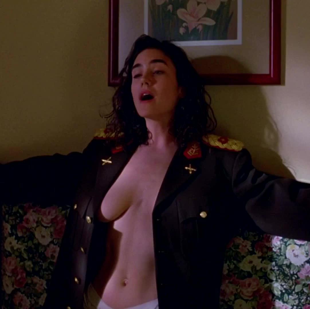 Jennifer connelly boobs