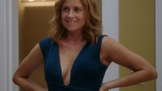 Just busted the hardest nut to Jenna Fischer. I love Pam!