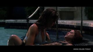 Denise Richards and Neve Campbell