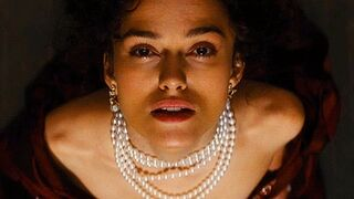 Keira Knightley's ready for her facial