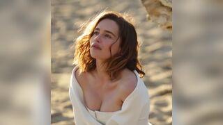 Would love to titfuck Emilia Clarke
