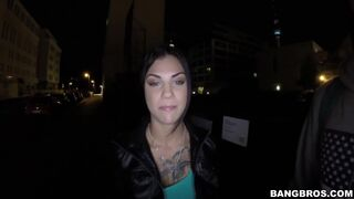 Bonnie Rotten Squirts In Public