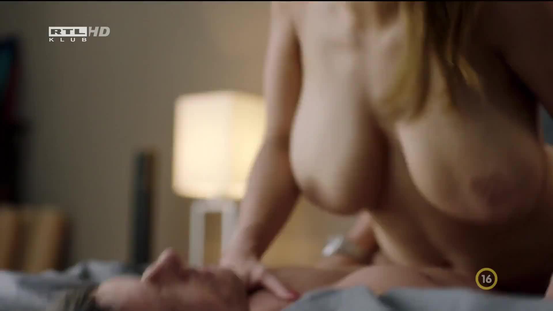 Horvath nude alexandra Hot Leak