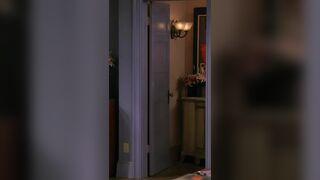 Jennifer Aniston - Friends s03e02