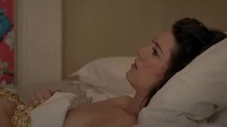 """Mary Elizabeth Winstead in """"All about nina"""""""
