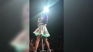 Katy Perry is kinda thick