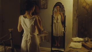 Summer in February [2013] Emily Browning