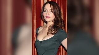 Emilia Clarke On/Off 2