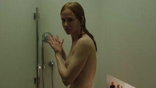 Nicole Kidman is a sexy MILF