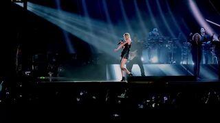 Taylor Swift Sexy Dance